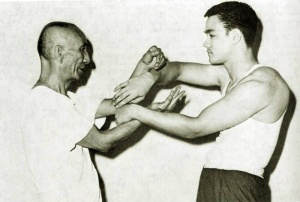 Ip Man Bruce Lee Chi Sau 02