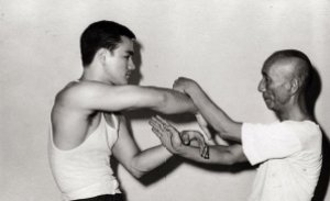 Ip Man Bruce Lee Chi Sau